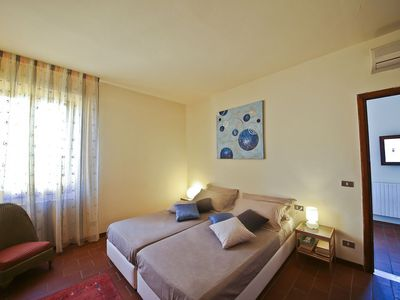 Photo for Ghibellino Centro apartment in Santa Croce with WiFi & air conditioning.
