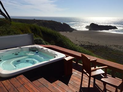 Oceanfront - Hot Tub - Newly Remodeled Cottage