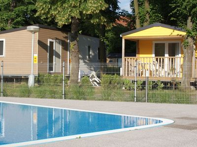 Photo for Cosy apartment for 6 people with pool, WIFI, pets allowed and parking