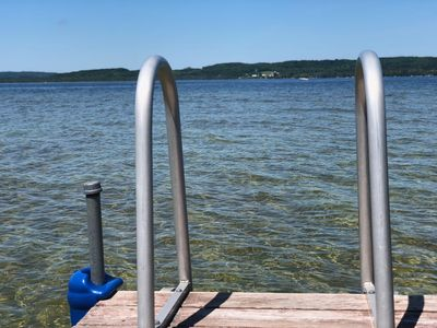 Photo for Gorgeous sand bottom lake frontage, Kayaks and Bikes Provided