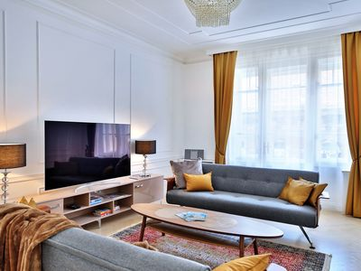 Photo for P21 Deluxe Suite 2BR, 2BA WiFi, AC near Opera