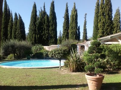 Photo for Characteristic villa with private swimming pool close to the center of Nimes
