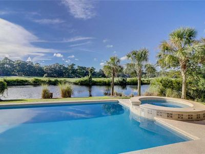 Photo for Promontory Court 7: 4 BR / 4.5 BA home in Hilton Head Island, Sleeps 14