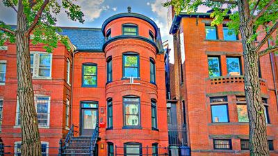Dupont Circle Row House Steps from U St. Corridor, White House & National Mall