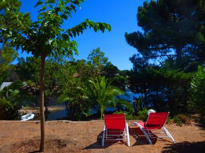 Photo for Holiday house at the edge of the water, San Ciprianu