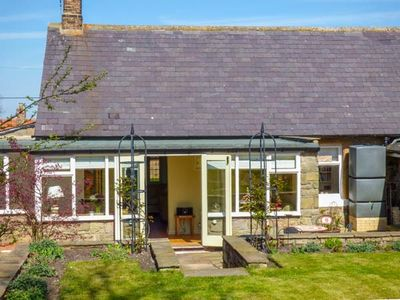 Photo for COBBLESTONES, family friendly in Newton On The Moor, Ref 946248