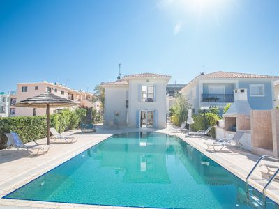 Photo for 4 Bedroom Villa on Fig Tree Bay Beach with Private pool