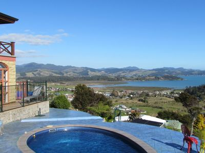 Photo for Tranquility Hill ~ Stunning Couples Retreat - Spectacular Views.