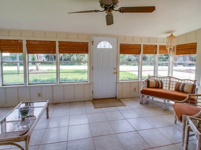 Photo for Cottage w/ enclosed yard, deck & private beach access - Snowbirds welcome!