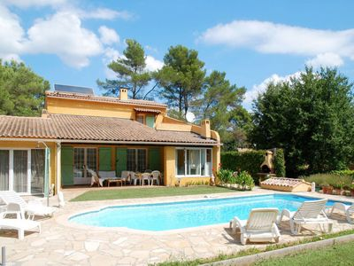 Photo for Vacation home Ferienhaus mit Pool (LCM140) in Le Cannet-des-Maures - 6 persons, 3 bedrooms