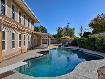 Photo for Spacious & Updated 2 Masters + POOL