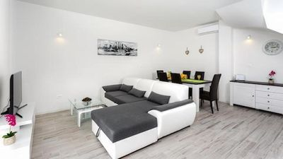 Photo for Luxury and comfortable vacation house in Dalmatia