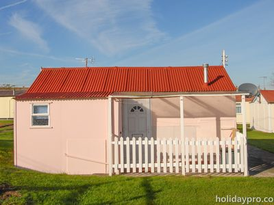 Photo for 1 Bedroom Chalet Sleeps 2+2 to rent in Leysdown-on-sea