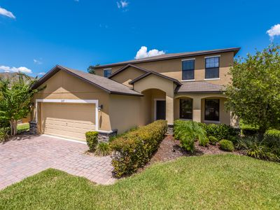Photo for 6 bedroom, Saltwater Pool, Spa, Games room all close to Disney!