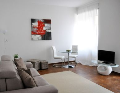 Photo for Rosso Magenta, bright apartment in the center