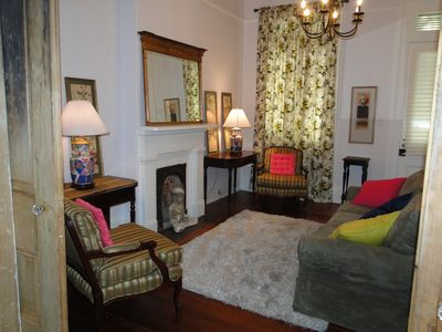 the front room with queen size sofa sleeper and conversation nooks
