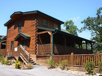 SAVE 20% THRU MAY! Call now! 1/2 mile from Rocky Top Sports! Great, low rates!