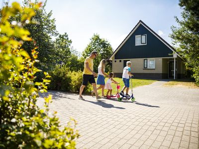 Photo for 6-person bungalow in the holiday park Hof van Saksen - on the water/recreation lake