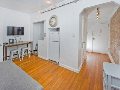 Photo for Cute 2BR in Midtown East (7830) - Two Bedroom Apartment, Sleeps 5