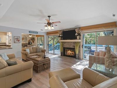 Beaches open! Summer weeks available 4Br/3.5Ba  home with Golf Cart & Sport card