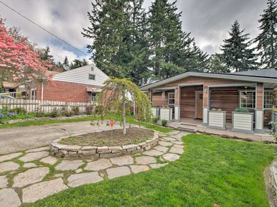 Photo for Craftsman-Style Home 6 Miles from Downtown Seattle