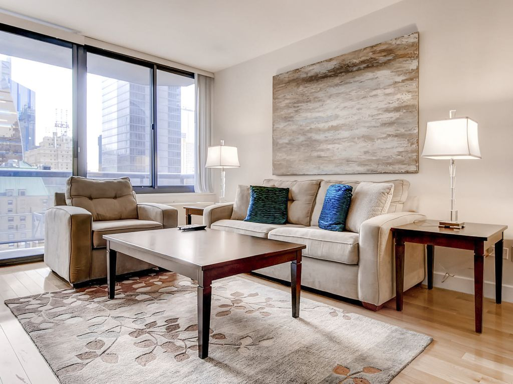 lux 1br near times square 24 hr doorman 1 br vacation apartment for