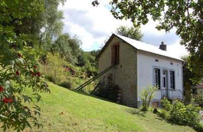 Photo for Cosy holiday house in the midst of tranquility of the Morvan natural parc