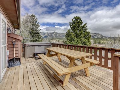Photo for Have it all! Amazing Location, Spectacular Views, Walk to Downtown and Hot tub