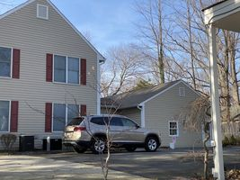 Photo for 2BR House Vacation Rental in Fairfax, Virginia