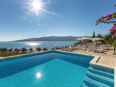 Photo for Apartment Rose  A1(2+2)  - Seget Vranjica, Riviera Trogir, Croatia