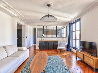 Photo for Very quiet apartment on the 4th floor - 2 bedrooms - 1 spinning balcony