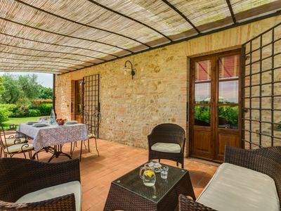 Photo for La Stalla, beautiful 2 bedrooms apartment in the Chianti region with pool & A/C