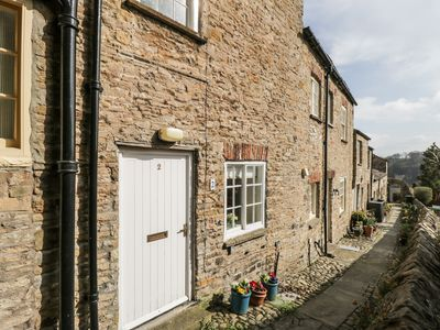 Photo for 2 CARTERS YARD in Richmond, Ref 981019