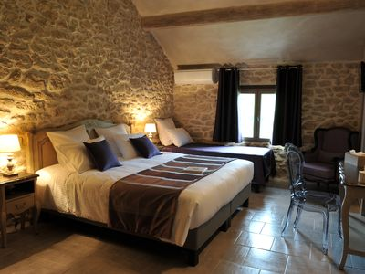 Photo for CHARMING BED AND BREAKFAST IN PROVENCE IN THE HEART OF THE VINEYARDS