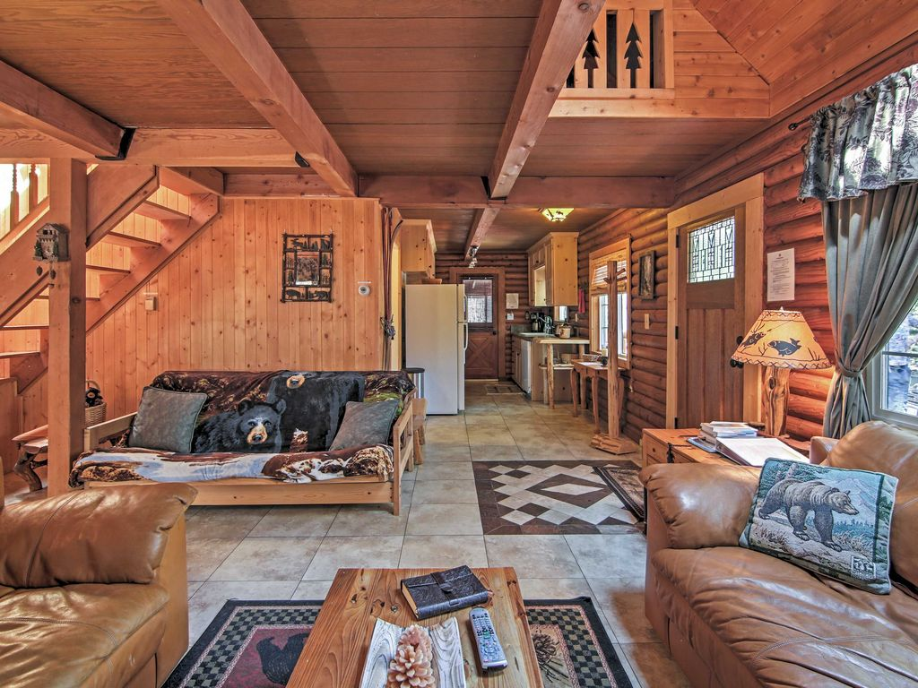 39 smokey 39 s new den 39 3br south lake tahoe log cabin echo
