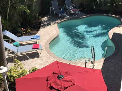 Cozy Cabana West - Private Heated Pool - 4 Minute Walk to the Beach