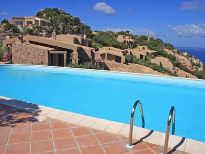 Photo for Wonderful  villa with internet, pool, TV, patio, pets allowed, panoramic view and parking