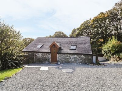 Photo for YR HEN BEUDY, romantic, with open fire in Rhoslefain, Ref 968497