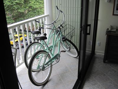 Photo for Mountain view remodeled  Studio Condo King Bed Two Cruisers 24/7 front desk