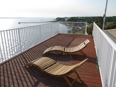 Sun deck perfect for some sunbathing or to enjoy a drink and the view...