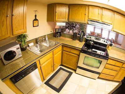 Photo for Just a hop skip and a jump to Ski Slopes & Main Street - Cozy 1BR Condo W/ Wifi
