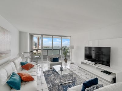 Photo for Downtown Miami | Premium Two Bedroom Waterfront Condo w/Free Valet Parking