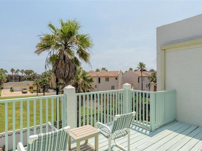 Photo for Villa del Mar: 3 level townhome close to beach w/4 balconies & spacious BACKYARD
