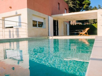 Photo for Spacious and sunny villa with views of the sea and the mountains.