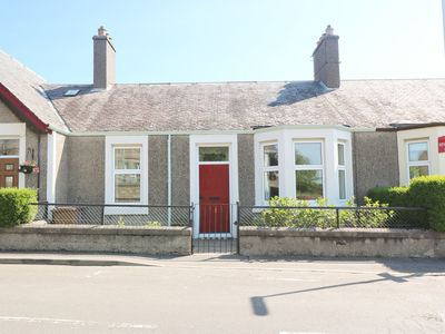 Photo for ANNESLEY COTTAGE, with a garden in Lower Largo, Ref 980710