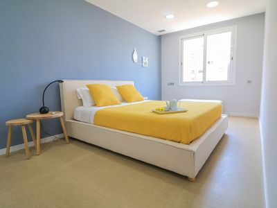 Photo for Apartment in the center of Barcelona with Lift, Internet, Washing machine, Air conditioning (676656)