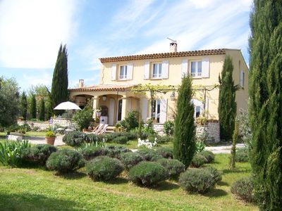 Photo for In the heart of the Provence: Charming country house with pool and view