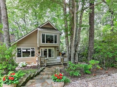 Photo for 'Smallwood' Serene Highlands Home w/Screened Porch