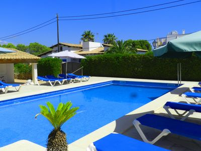 Photo for Ideal apartment for 4 people, with pool and free WIFI