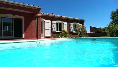 Photo for Provencal villa with private pool at the heart of Des Corbieres vineyard